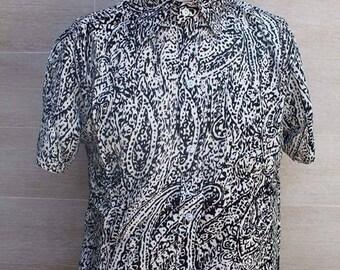 Loose fit casual men's shirt