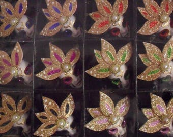 Set of 12 Mini masks decorative Style Venetian Pearl Magnet