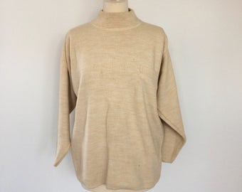 CLEARANCE : Vintage/retro/80's/90's cream knitted jumper