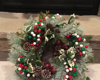 Playful Winter Wreath