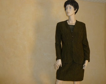 Suit skirt and jacket JC Trigon, very chic with a pair of shoes or casual with boots, vintage set