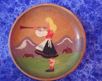 "Old NORWEGIAN WOODEN PLATE "" Hilsen fra Norge"" Greetings from Norway Handpainted Lovely Alpine Scene"