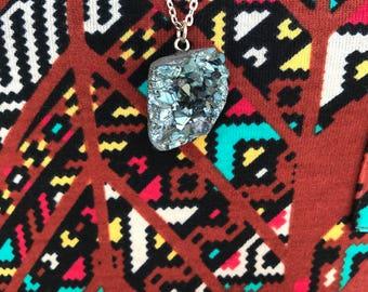 Blaue Geode Halskette