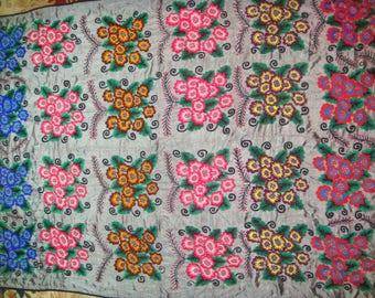 Big Sale!!! Vintage UZBEK SUZANI Handmade silk Embroidery on silk fabric (192 x 140 cm 76 х 55 inch)