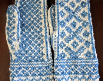 Patterned Adult Mittens