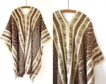 1970s vintage Poncho / Campfire Cape / vintage wool blanket coat