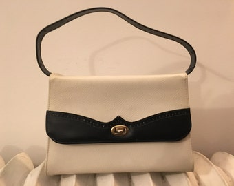 Vintage navy blue and white 1960s mod spectator style handbag purse