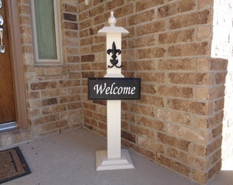 WELCOME POST 10, Free Welcome Sign, Wooden Welcome Post, Front Porch Welcome Post, Front Porch Welcome Sign, Front Porch Sign