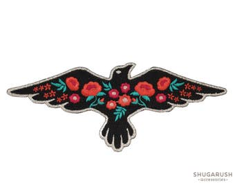 Raven Patch Flower Embroidery Iron-on