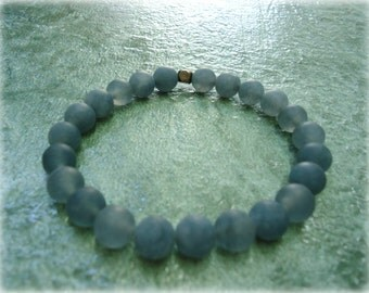 Bracelet with grey agate for protection, Strength & Harmony