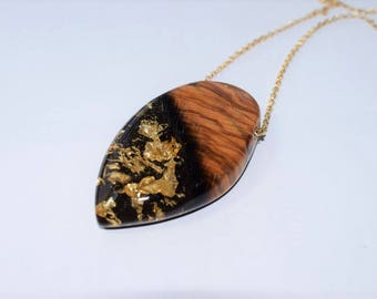 Wood Resin Pendant, Made in Italy, Handmade Necklace, B.Black n.9, Unique piece, Wood resin jewelry, Handmade Jewelry