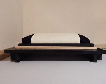 "Dog bed Minimal ""bicolour"",Made in Italy, Size S, We Wag 45X55cm"
