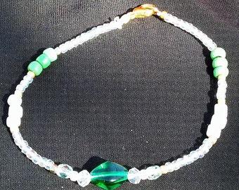 Green and White Beaded Bracelet