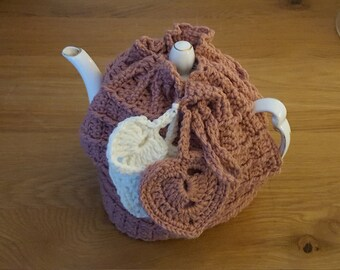 Crochet Tea Cosy with Hearts