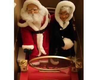 "Animated Santa & Mrs. Claus ""A Sliegh Ride"""