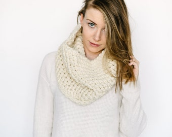 Cowl Scarf // in CREAM