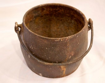 Vintage Old Cast Metal Pot - FREE SHIPPING!!
