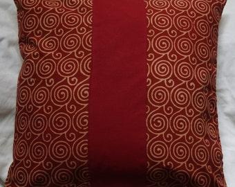 Série Panjab 6: Coussin, 40x40cm (16x16), coton indien imprimé traditionnellement, motif spirale, coton rouge, coton beige.