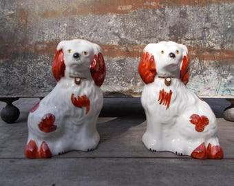 Beswick Pair of Staffordshire Spaniels Dogs Vintage