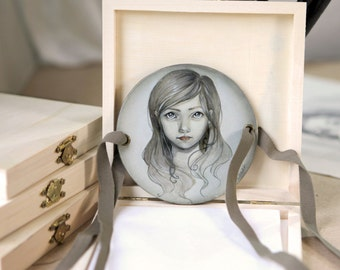"thaumatrope hand painted ""portrait of girl""(version 6)"