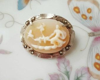 Gorgeous 1930's Art Deco Shell Cameo | Venus in Her Chariot