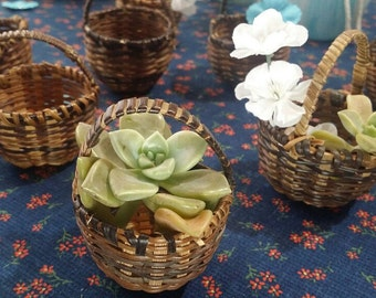 12 Vintage Brown Wicker Baskets,Baby Shower Decorations,Bridal Shower,Small Natural Baskets,Table Decor,Unique Party Favor, Craft Supply