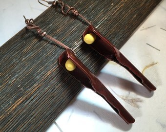 Pea-Ka-Boo Earrings