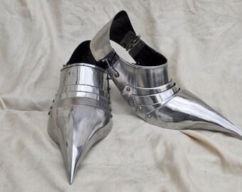 Medieval combat sabatons