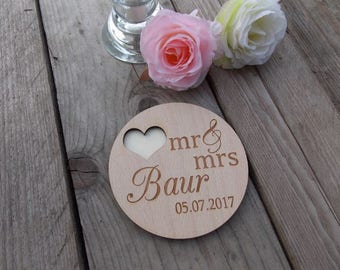 "Ring tray with engraving ""Mr & Mrs"" / last name / wedding"