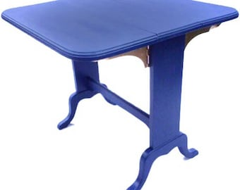 Stylish drop-end Pembroke table in ink blue with gold finishe