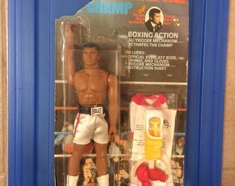 Vintage MEGO Muhammad Ali Action Figure (damaged card)
