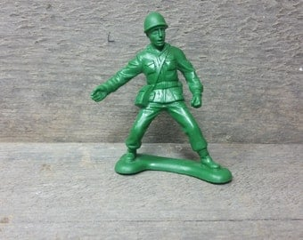 Vintage Sarge and the Bucket O' Soldiers in the Toy Story 90's Disney movie figurine pvc plastic figure Disneyland Disney-world retro Andy