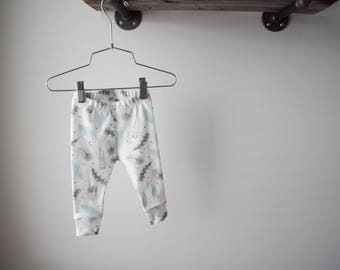 100% Organic Cotton Baby/Tot Cuffed Leggings, Mint Feathers