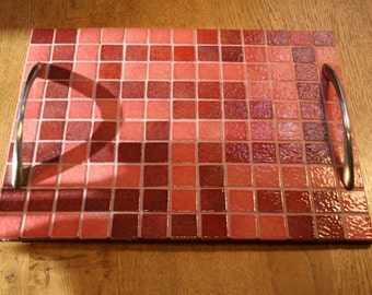 Mosaic tray pink color
