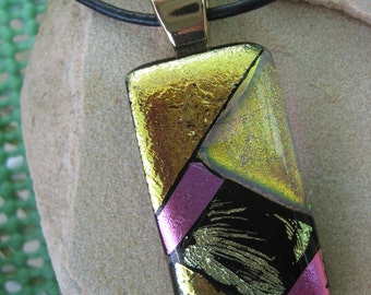 Glassy Mosaic pendant with choker