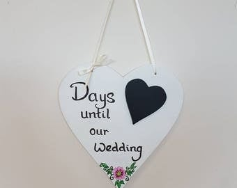 Days To Wedding Chalkboard Heart Sign - Wedding Sign - Hanging Sign - Heart Sign - Painted Sign - Wedding