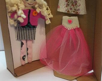 Darta's blonde doll