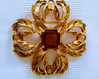 Sarah Coventry Star Amber Stone Brooch, c.1960.