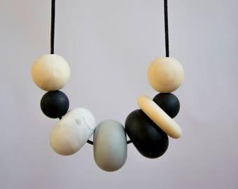 Teething Necklace   Silicone Necklace   Sensory Necklace   Baby Shower Gift   Breastfeeding Beads   Nursing Necklace   New Mum Gift   Baby