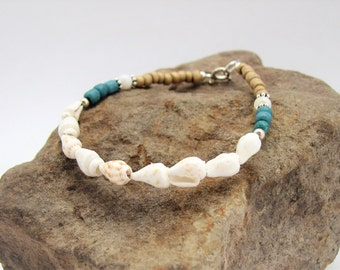 White Shell, Glass & Sterling Silver Beaded Bracelet