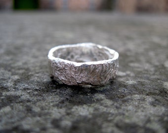 Rustic Organic Rocky Outcrop Ring
