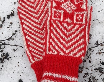 Red and white knitted glove