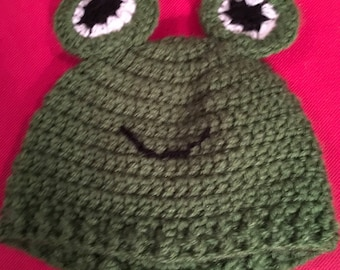 Frog baby crocheted hat - 0-6 mos