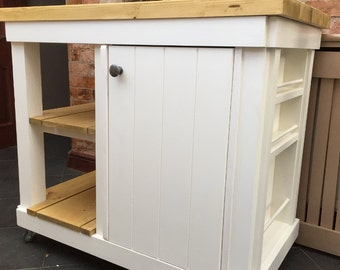 The Dovedale Kitchen Island oak top
