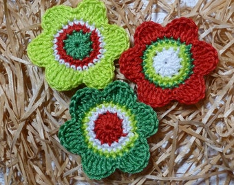 Crochet: three spring flowers