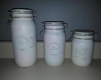 Distressed canister set.