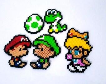 Baby Mario, Baby Luigi, Baby Peach, Baby Yoshi and Green Egg, Mini Perler Beads Sprite, Pixel Art, Super Nintendo, Keyring or Magnet