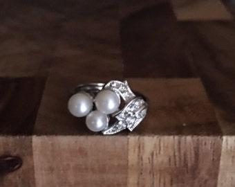 Avon fashion Ring