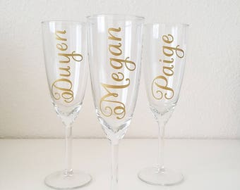 Bridesmaid Flute Glasses, Bridesmaid Champagne Glasses, Customized Champagne Glasses, Vinyl Decals, Wedding Party, Bridal Party Gifts