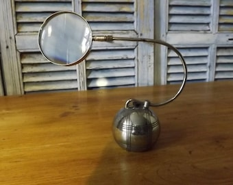 Vintage  Desktop Magnifying Glass